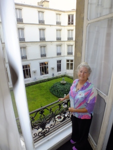 St. James Albany second floor suite overlooks center courtyard -- no traffic noise from Rue de Rivoli