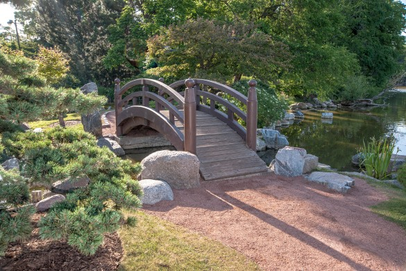 Arched garden footbridge woodworking plan pdf download diy craft desk plans secretive36cmc - How to build a garden bridge with an arch ...