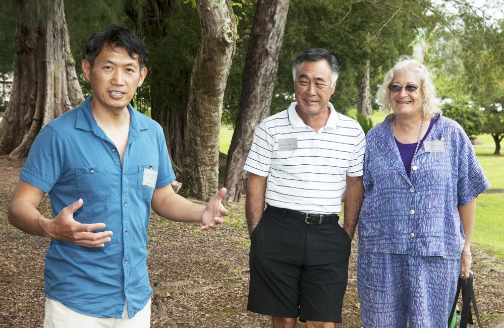 Enthusiastic Denver garden curator tours Hilo's Lili`uokalani Gardens (2/6)